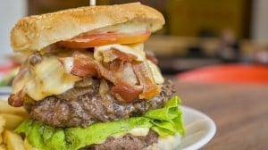 Juicy NJ Diner Cheeseburger